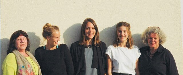 Fünf Mitarbeiterinnen von Hestia e.V.